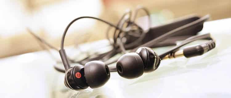 Auriculares genéricos. Ideas para regalar a usuarios de Android por menos de 25€