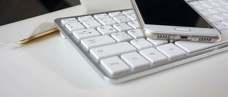 Teclado inalámbrico barato. Ideas para regalar a usuarios de Android por menos de 25€