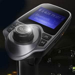 Comprar un manos libres coche sin instalación con radio y Bluetooth