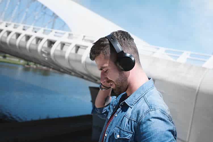 Auriculares Philips inalámbricos con descuento del 32%