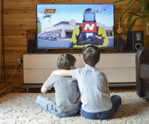 Cómo ver tu Smart TV sin enchufe ni conector de antena
